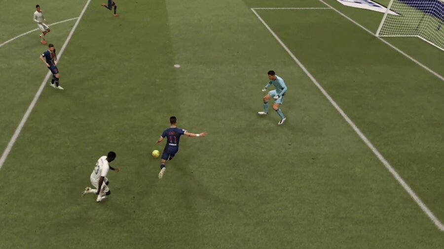 FIFA 21 angeschnittener Schuss